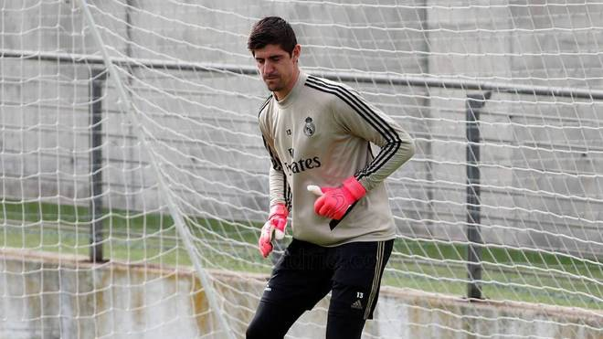 Courtois: At no point did I say that Real Madrid had to be declared champions - Bóng Đá