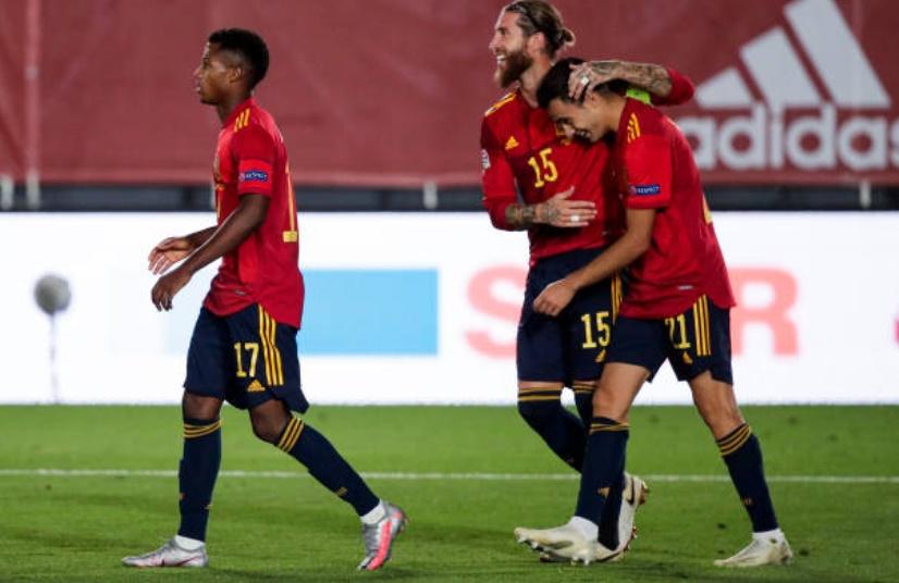 Manchester United target Sergio Reguilon provides update on ankle injury after Spain win   - Bóng Đá