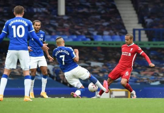 Richarlison sends message to Liverpool star Thiago after shocking red card tackle in Merseyside derby - Bóng Đá