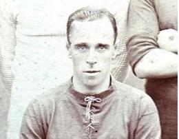 Những kỷ lục gia đạt cột mốc 100 bàn nhanh nhất cho Liverpool: - Bóng Đá