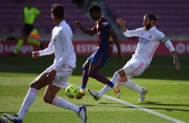TRỰC TIẾP Barcelona 1-1 Real Madrid: 2 bàn thắng trong vòng 10 phút - Bóng Đá