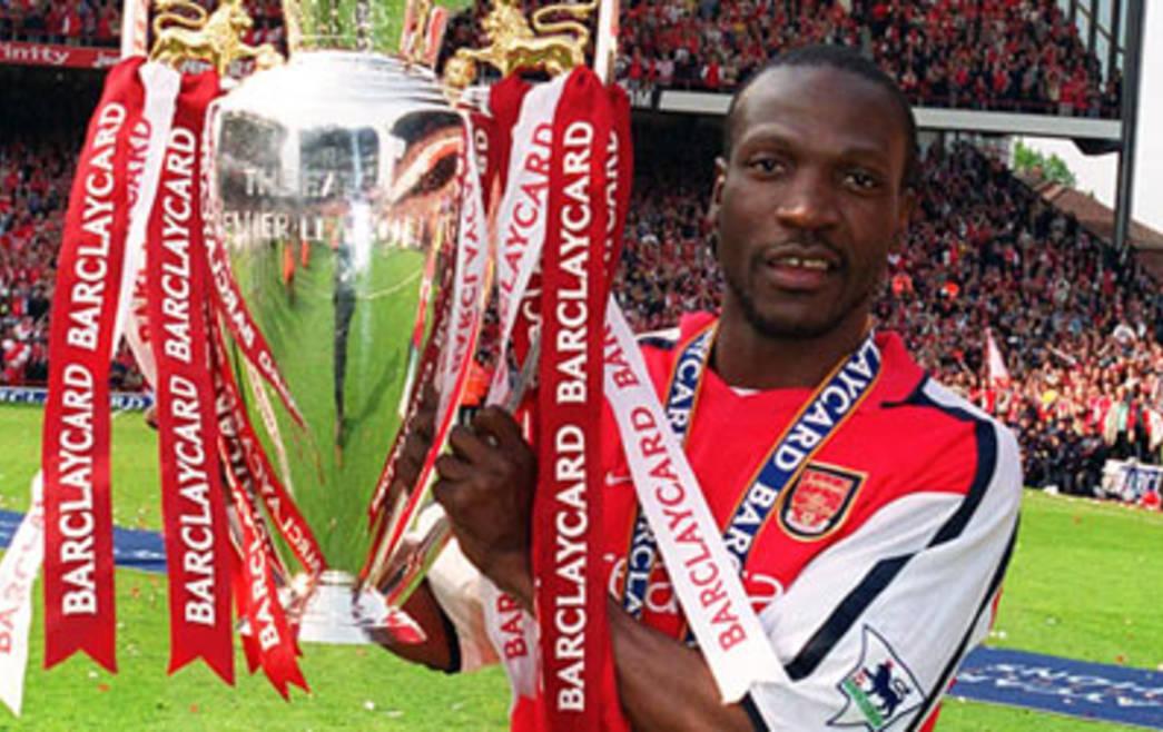 Đội hình huyền thoại Arsenal 2003/04 - Bóng Đá