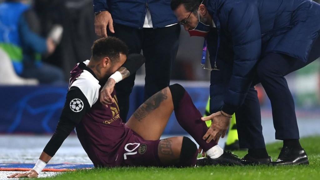 Neymar out until end of November with adductor injury - Bóng Đá