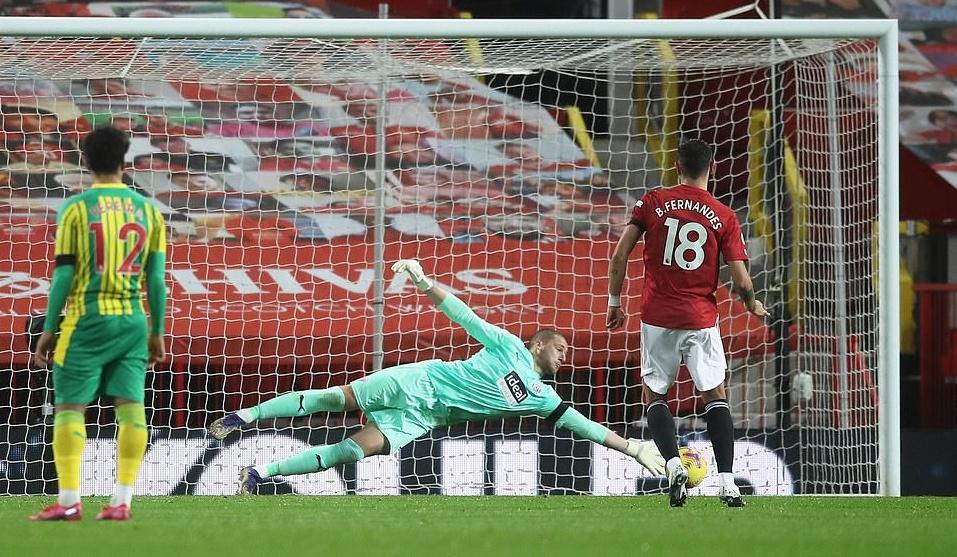 Man Utd star Bruno Fernandes 'not happy' over controversial penalty incident - Bóng Đá