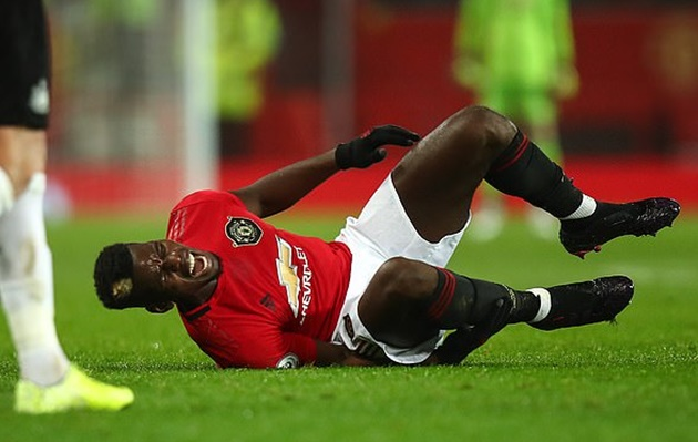 Manchester United hopeful Paul Pogba will not be on sidelines for long with his ankle injury - Bóng Đá