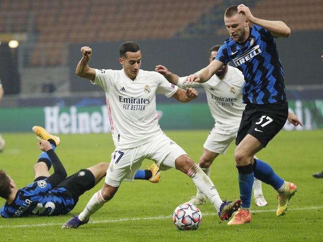 Zinedine Zidane hints at new deal for Lucas Vazquez - Bóng Đá