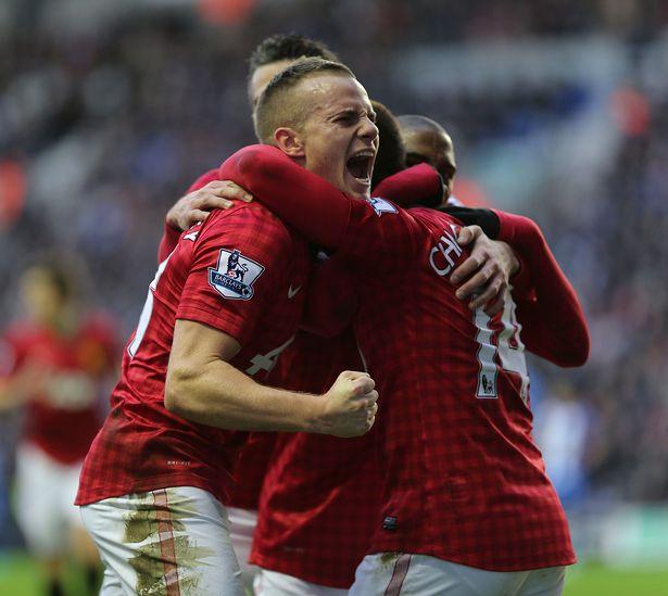 Đội hình gần nhất giúp Man Utd lên đỉnh EPL - Bóng Đá