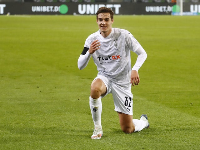 Report: Tottenham Hotspur targeting Florian Neuhaus as Dele Alli replacement - Bóng Đá