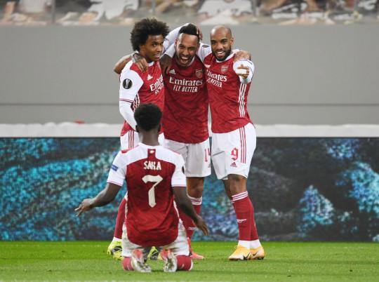 Mikel Arteta explains decision to snub Nicolas Pepe and Gabriel Martinelli against Benfica  - Bóng Đá