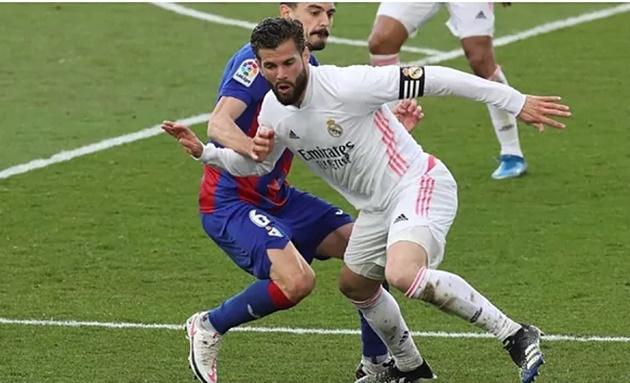 Madrid mull Nacho extension - Bóng Đá