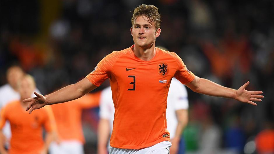 Nc247info tổng hợp: Sau Van Dijk, Hà Lan đón thêm tin dữ từ Matthijs de Ligt