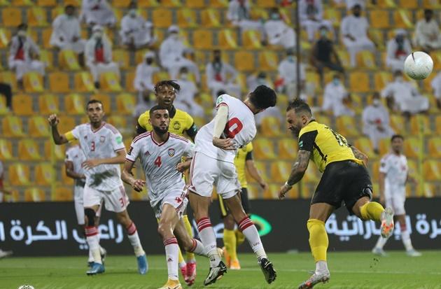 Vùi dập Malaysia, UAE vươn lên vị trí nhì bảng G - Bóng Đá