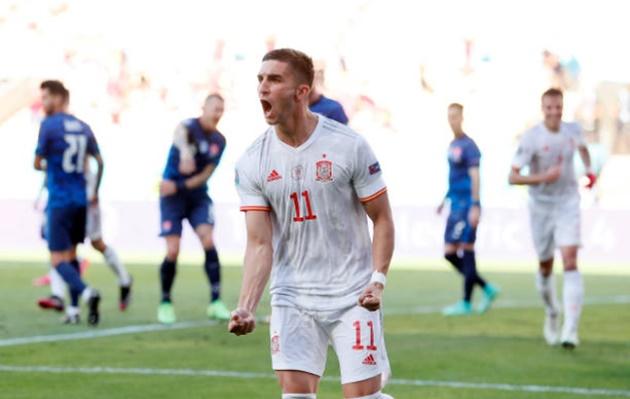 TRỰC TIẾP Slovakia 0-4 Tây Ban Nha (H2): Torres đánh gót điệu nghệ - Bóng Đá