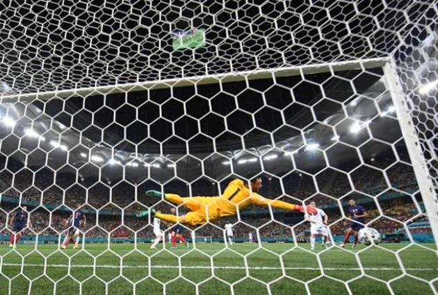 TRỰC TIẾP Pháp 0-1 Thụy Sĩ (H2): Lloris cản pen! - Bóng Đá