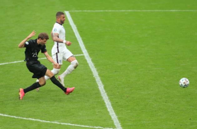 Muller đã ném đi cơ hội của tuyển Đức như thế nào - Bóng Đá