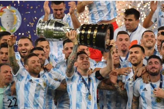 Vô địch Copa, Messi ẵm thêm hai giải thưởng danh giá - Bóng Đá