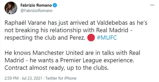 Raphaël Varane has just arrived at Valdebebas as he's not breaking his relationship with Real Madrid - Bóng Đá