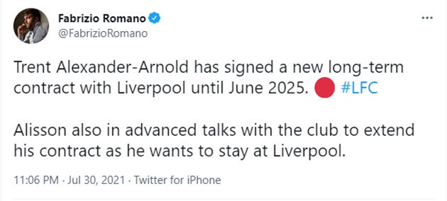 Trent Alexander-Arnold has signed a new long-term contract with Liverpool until June 2025 - Bóng Đá