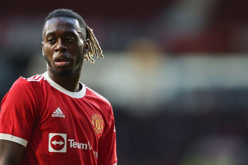 Raphael Varane can improve Aaron Wan-Bissaka at Manchester United - Bóng Đá