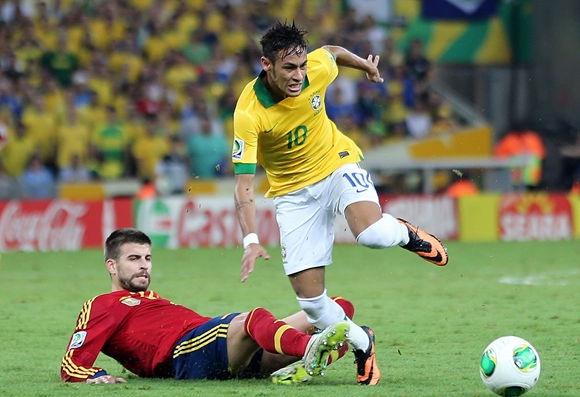 Sau Ronaldo và Neymar, thêm một ngôi sao khiến Pique bẽ bàng - Bóng Đá