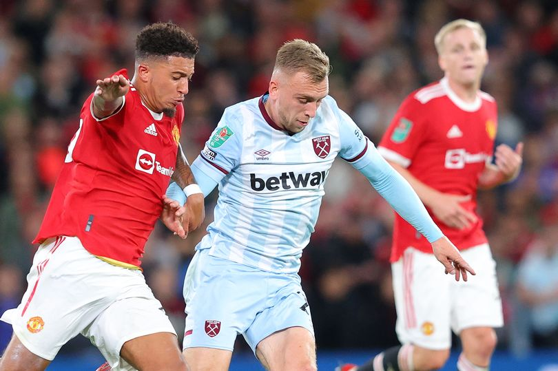 Manchester United verdict on Donny van de Beek and Jadon Sancho performances - Bóng Đá