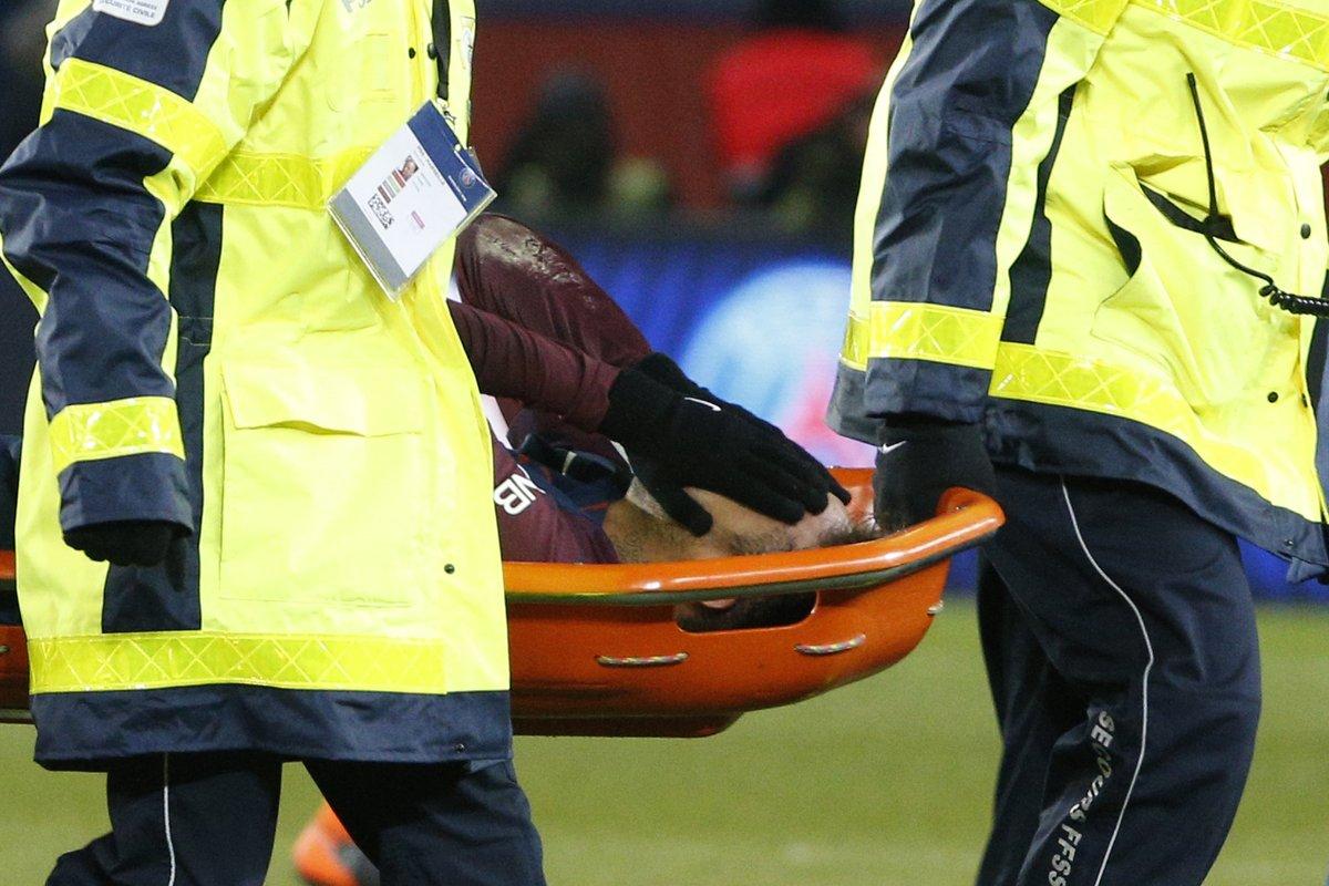 CỰC NÓNG: Chấn thương nặng, Neymar vắng đại chiến với Real - Bóng Đá