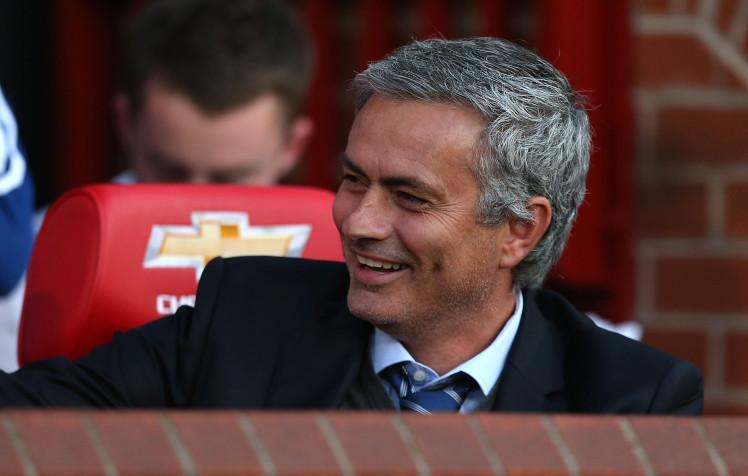 Mourinho luôn chú trọng hàng thủ và có vẻ ông đã tìm đúng người. Ảnh: Internet.