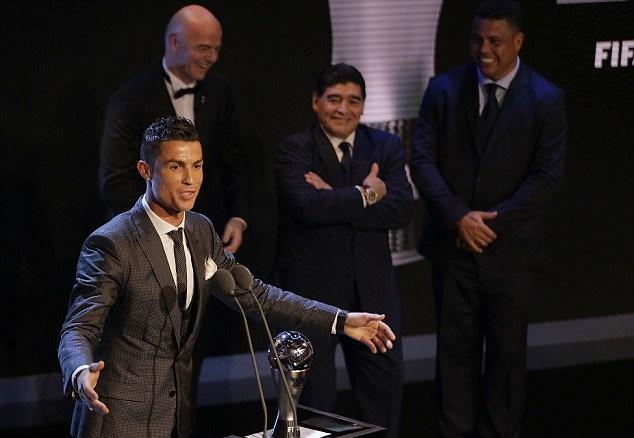 Maradona ba phải, bợ đít Ronaldo - Bóng Đá