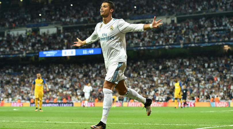 Sau Quả bóng Vàng, Ronaldo vẫn còn hàng tá danh hiệu chờ đón - Bóng Đá