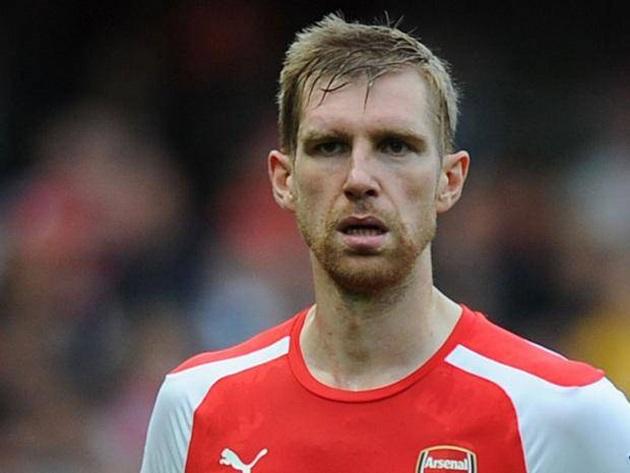 Mertesacker bị đổ tội vì bàn thua sớm của Arsenal - Bóng Đá