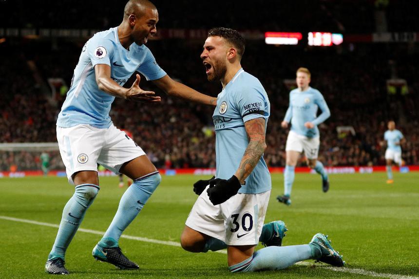 Man City lập kỉ lục, Man Utd mất chuỗi trận bất bại - Bóng Đá
