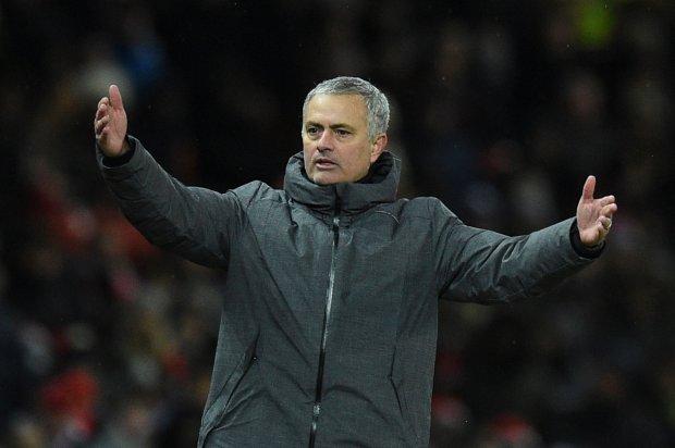 Thua Man City, Jose Mourinho đổ lỗi cho trọng tài và... thần may mắn - Bóng Đá
