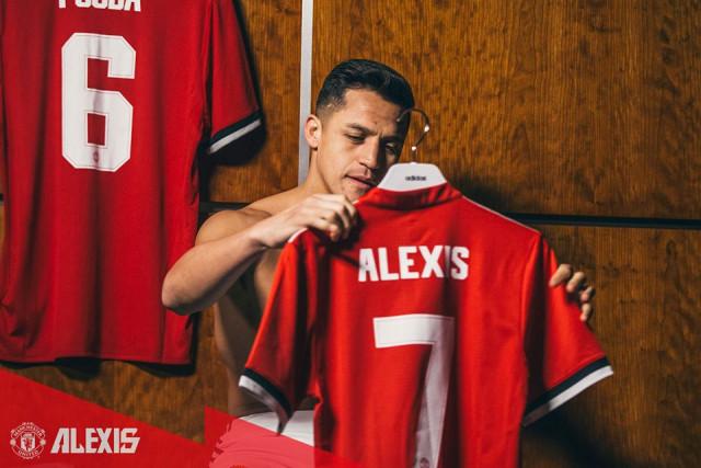 Chelsea đã 2 lần muốn chiêu mộ Alexis Sanchez - Bóng Đá