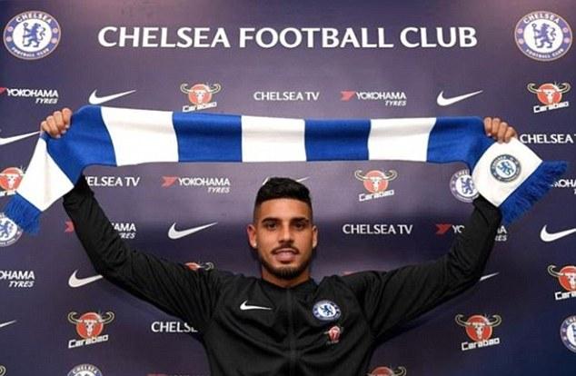 Emerson Palmieri chính thức đến Chelsea, lộ cả số áo - Bóng Đá