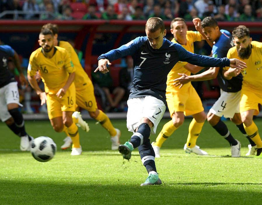 CHOÁNG với ĐHTB World Cup bị rò rĩ từ FIFA: Không Pogba, Kante, chẳng Perisic! - Bóng Đá