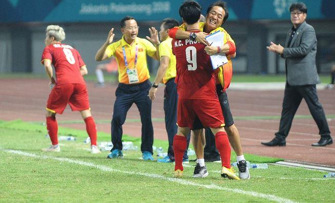 Hàn Quốc chỉ ra 4 cái tên đẳng cấp nhất của Olympic Việt Nam - Bóng Đá