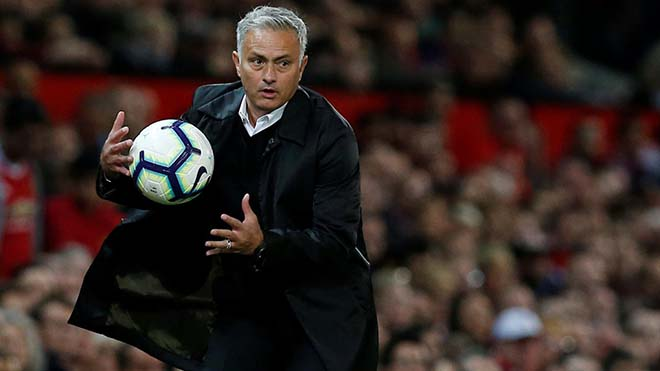 Vì Mourinho, ban lãnh đạo Man Utd làm điều 'xưa nay hiếm' - Bóng Đá