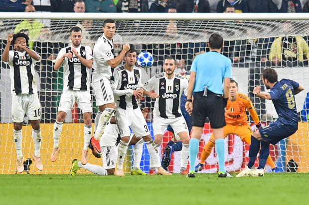 Đánh bại Juventus, Man Utd mang niềm vui bất ngờ cho Chelsea - Bóng Đá