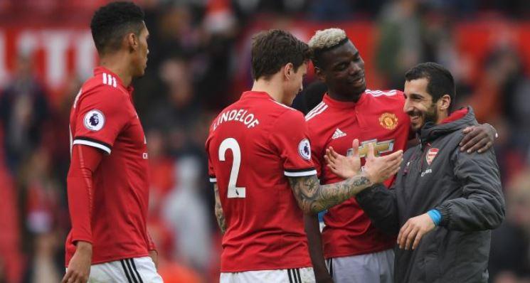 Mourinho chỉ miễn cưỡng dùng Smalling và Bailly - Bóng Đá