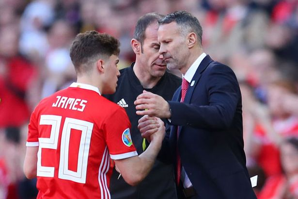 Ryan Giggs tipped to play crucial role in Dan James development at Man Utd - Bóng Đá
