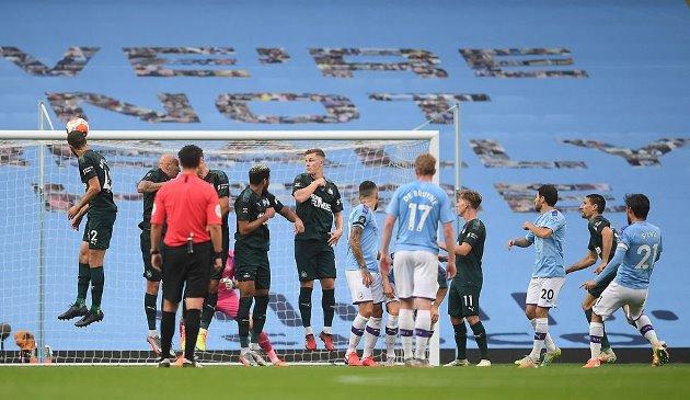 Man City 5 0  Newcastle - Bóng Đá