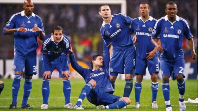 Đội hình vĩ đại chưa vô địch Champions League: Ronaldo sát cánh Batistuta - Bóng Đá