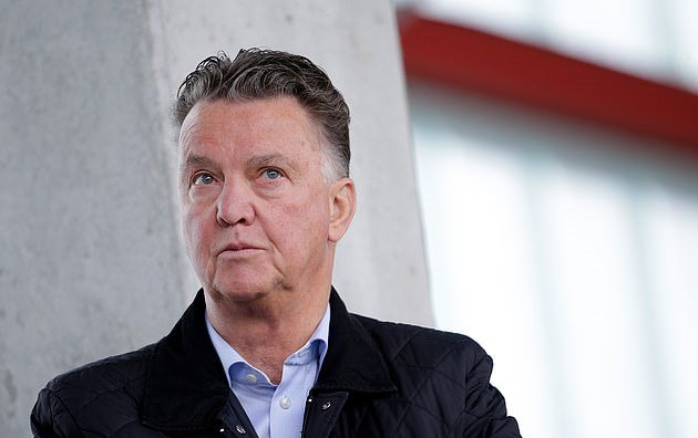 Louis van Gaal slams Man United boss Ole Gunnar Solskjaer  - Bóng Đá