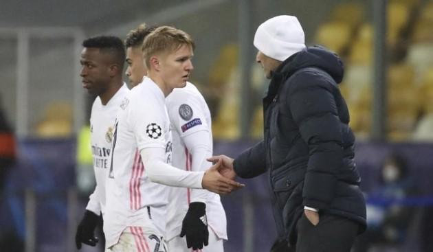 Zidane shuts the door on an Odegaard exit - Bóng Đá