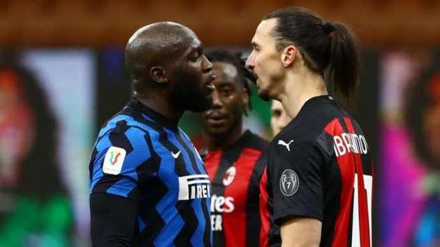 'Let's go inside you b*tch' - Ibrahimovic and Lukaku square off in fiery Milan derby - Bóng Đá
