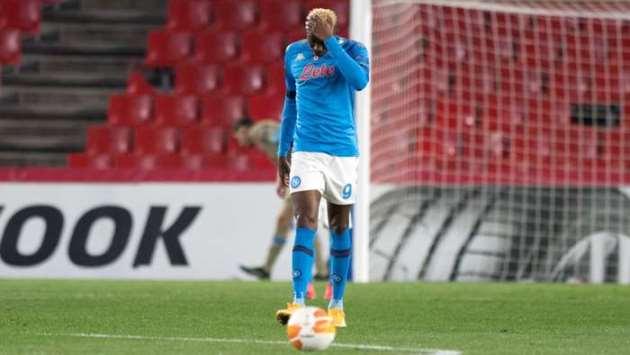 Napoli confirm Osimhen suffered head trauma against Atalanta - Bóng Đá