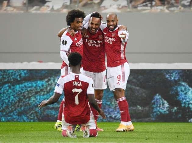 Mikel Arteta explains 'complete trust' in Pierre-Emerick Aubameyang after striker sends Arsenal through - Bóng Đá