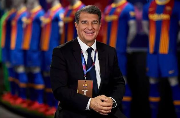 Laporta: Messi loves Barcelona - Bóng Đá