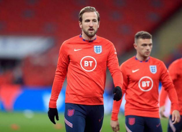 Harry Kane urged to consider Manchester United transfer byVan der Vaart - Bóng Đá