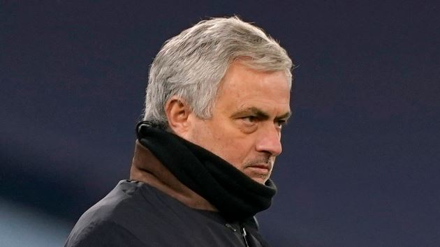 Jose Mourinho finished in the Premier League after Tottenham axe, says Jamie Carragher - Bóng Đá